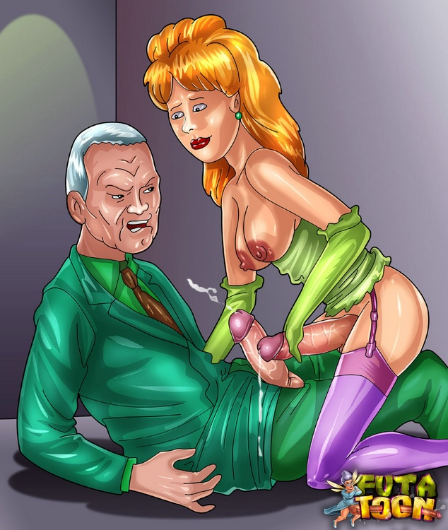 king of the naked hill luanne She hulk in the shower